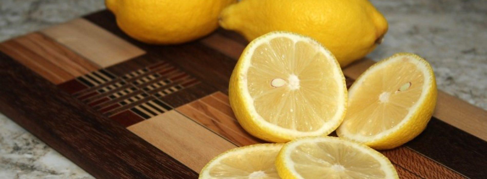 Leg een paar schijfjes citroen in je slaapkamer. Dit is de reden
