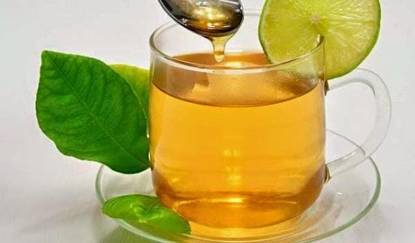 warm water met citroen en honing