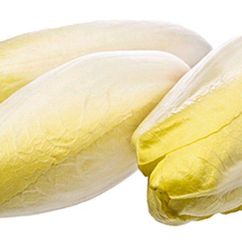 Witloofsalade met peer en pijnboompitten