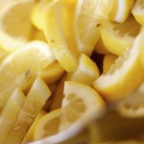 Kook citroenen en drink de vloeistof zodra je wakker wordt … u zult geschokt zijn door de effecten!