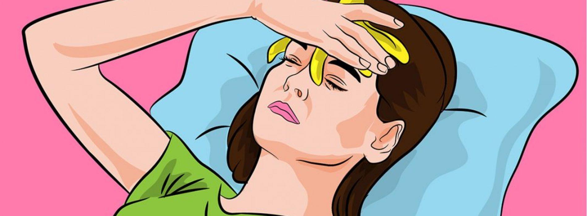 Een bananenschil op je voorhoofd leggen, helpt om DEZE reden tegen migraine …