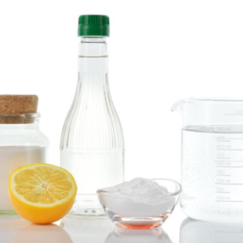 Azijn kan soms heel handig zijn! Ken jij deze 12 handige trucjes met azijn al?