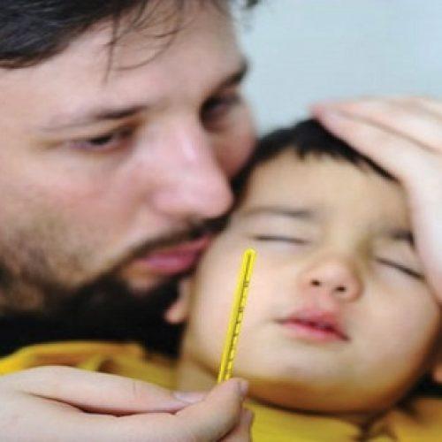 Koorts van jouw kindje in slechts 5 minuten verminderen zonder medicatie doe je ZO!
