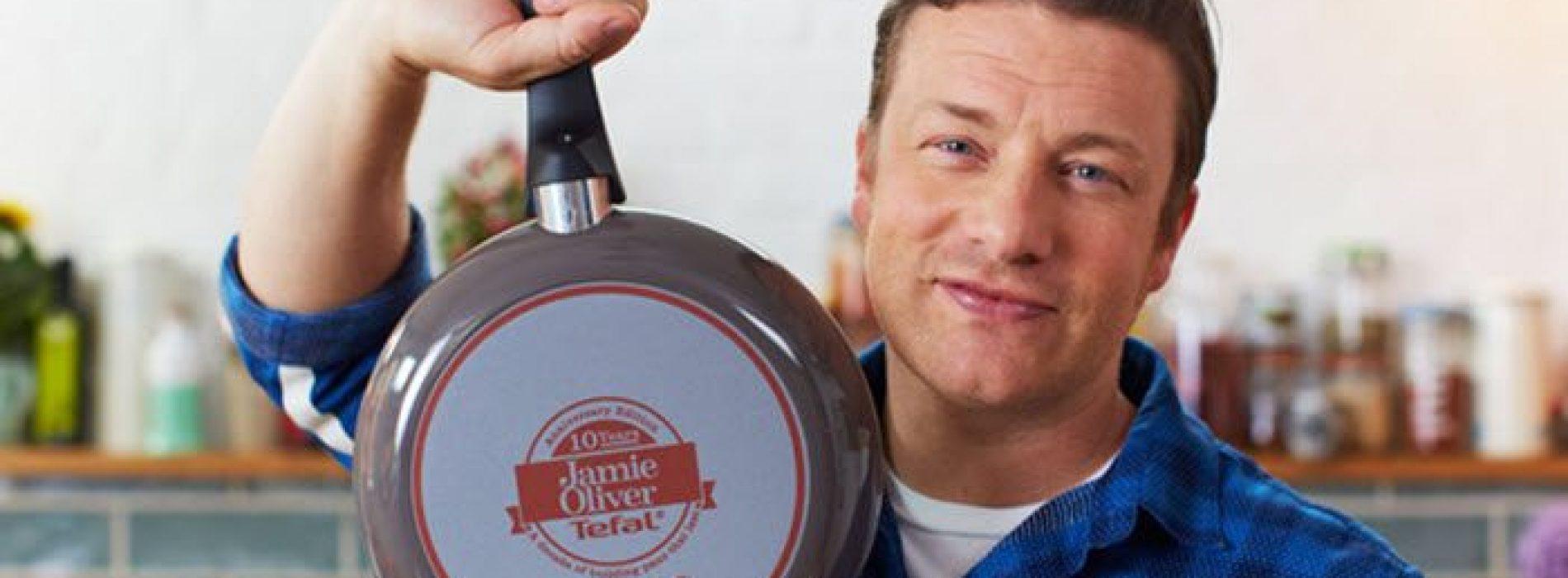 Jamie Oliver: 'We worden voortdurend voorgelogen over wat er in ons eten zit'