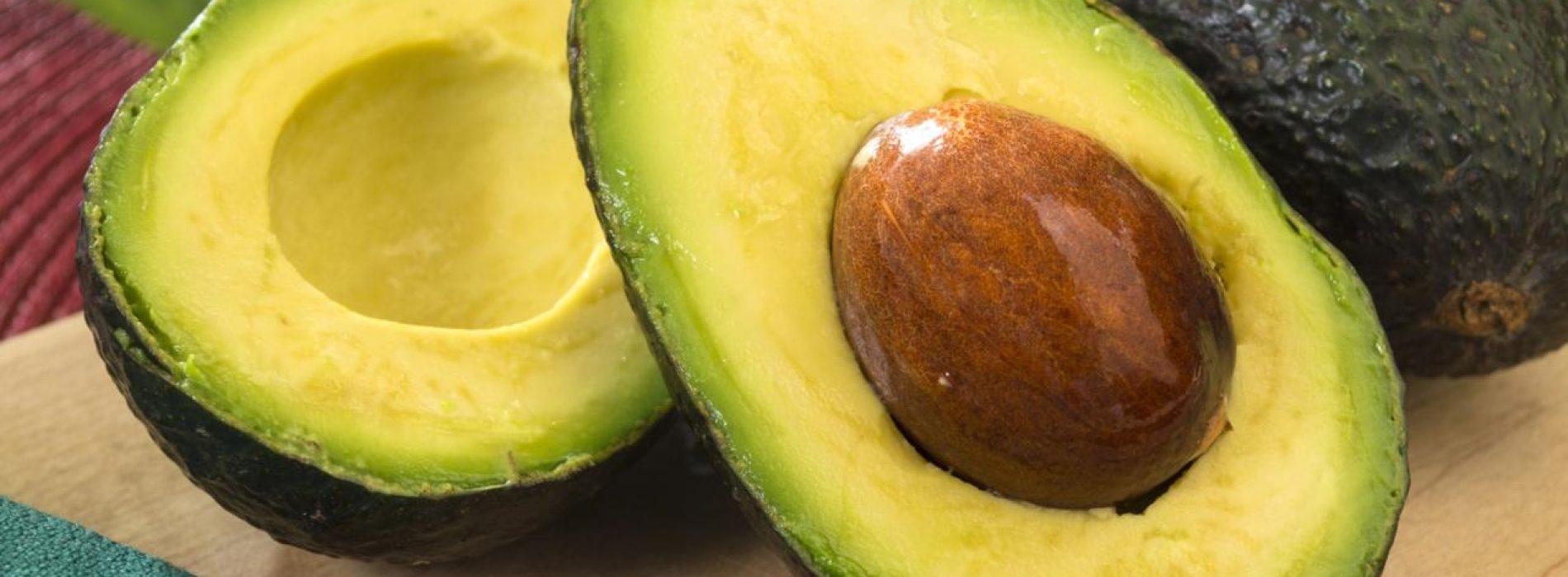 Gooi de volgende keer dat je een avocado eet de pit niet weg: het is geweldig voor de behandeling van ontstekingen