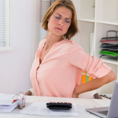 Rugklachten door werk, zo ga je er mee om