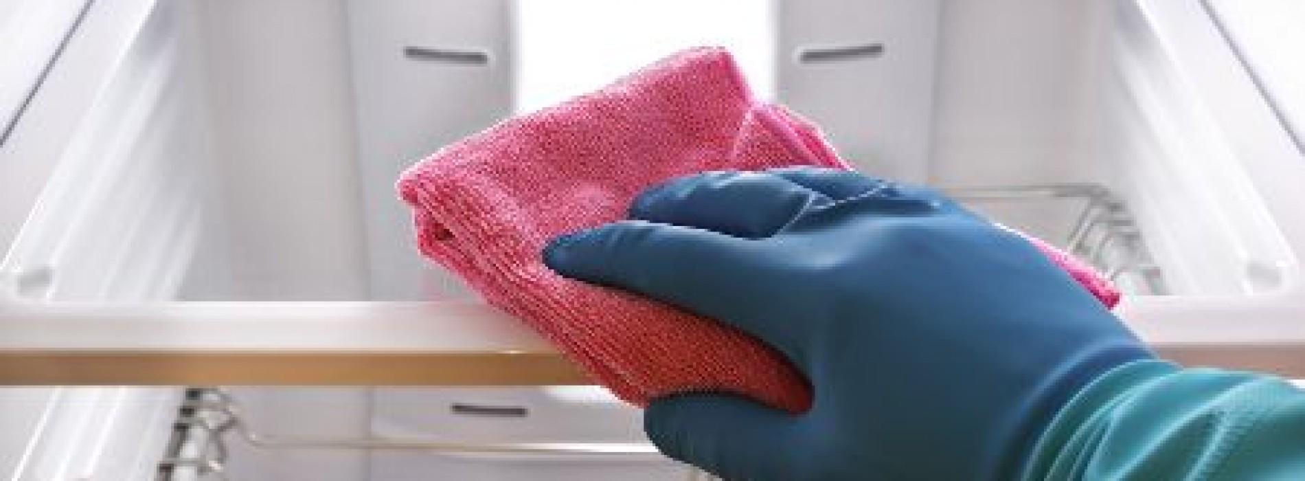 Geef je koelkast nu een grote schoonmaakbeurt met deze snelle maar grondige schoonmaak tip!