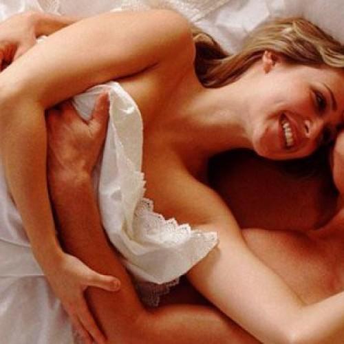 Slaap jij naakt? Dit is waarom in je blootje slapen gezonder is