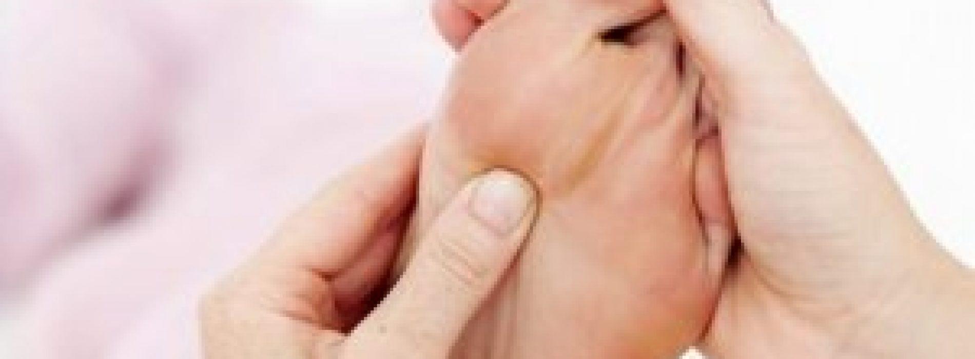Alternatieve geneeswijze: reflexologie 'net zo effectief als pijnstillers'