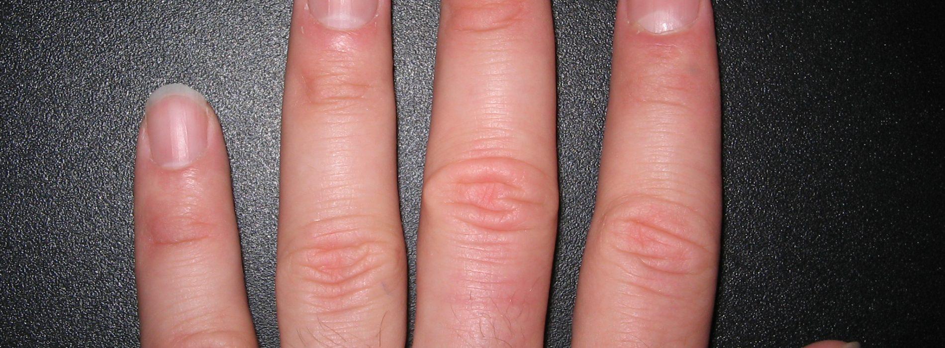 Dit is wat de vorm en grootte van je nagels over jou zegt!