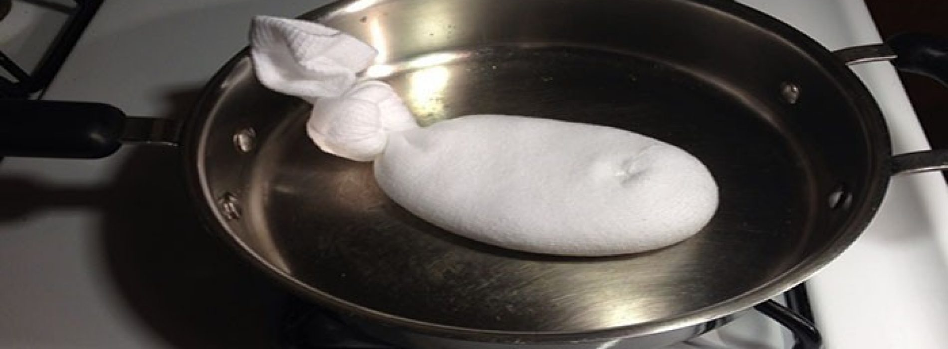 Als je zout in een sok doet en vervolgens in een pan verwarmt, wat dat vervolgens doet? Geweldig!