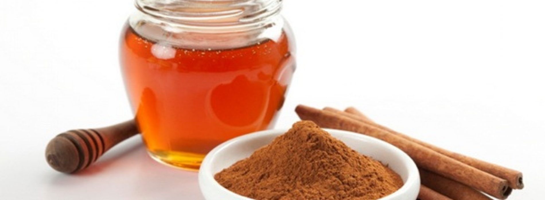 Deze drank doet letterlijk wonderen: Hier is wat er gebeurt als je Honing En Kaneel voor het slapen gaan drinkt!