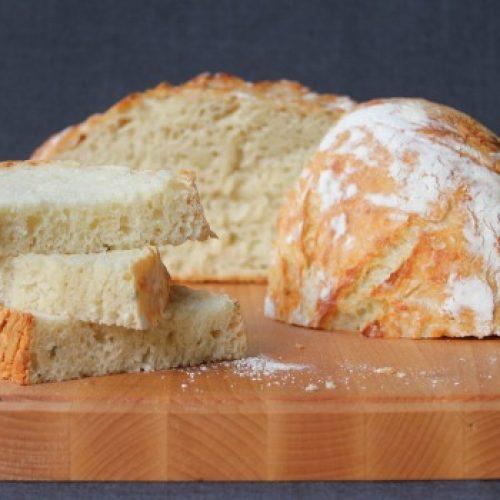 Lekker vers brood voor minder dan één euro? Lees hier hoe je dat doet!