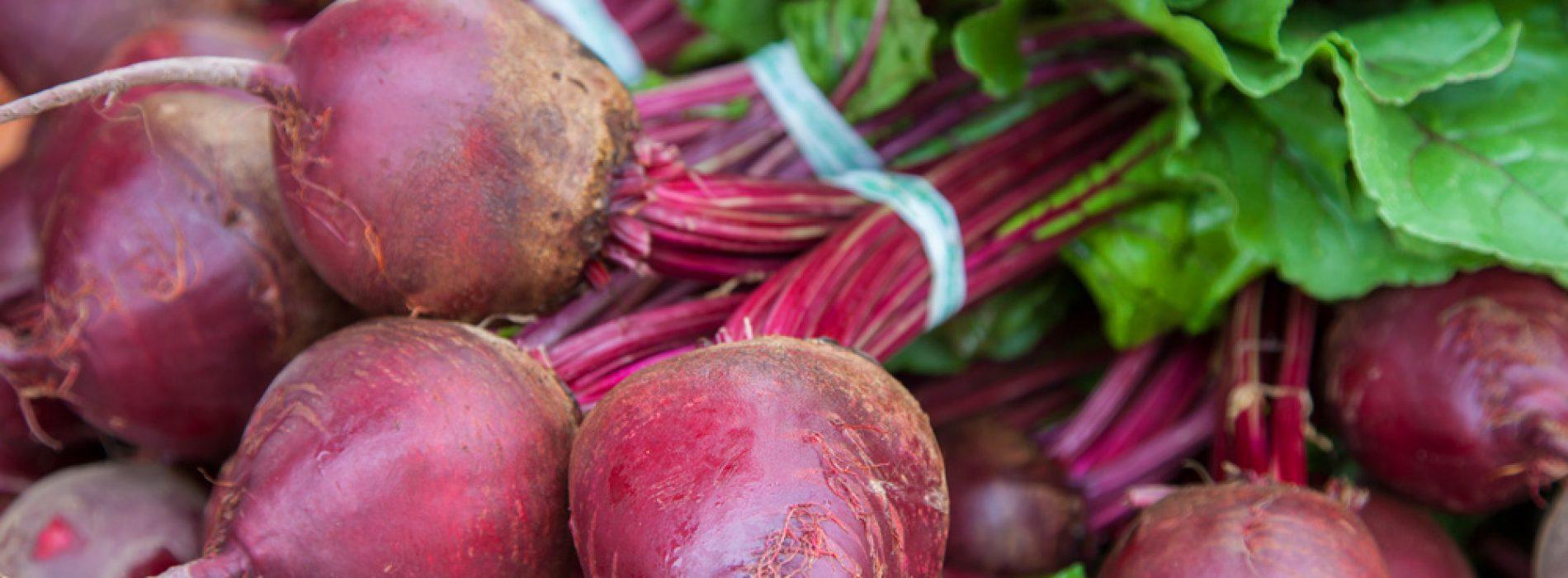 De bewezen gezondheidsvoordelen van rode bieten
