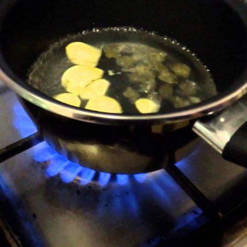 simpel hoestdrankje klaar in 5 minuten!