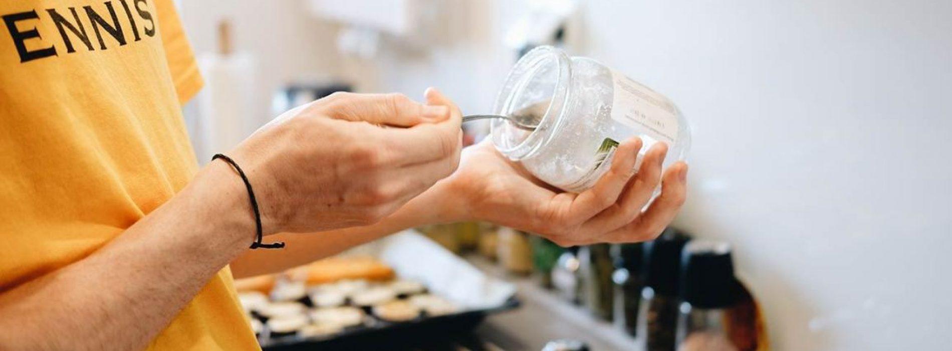 Is Kokosolie is eigenlijk net zo ongezond als rundsvet en boter?