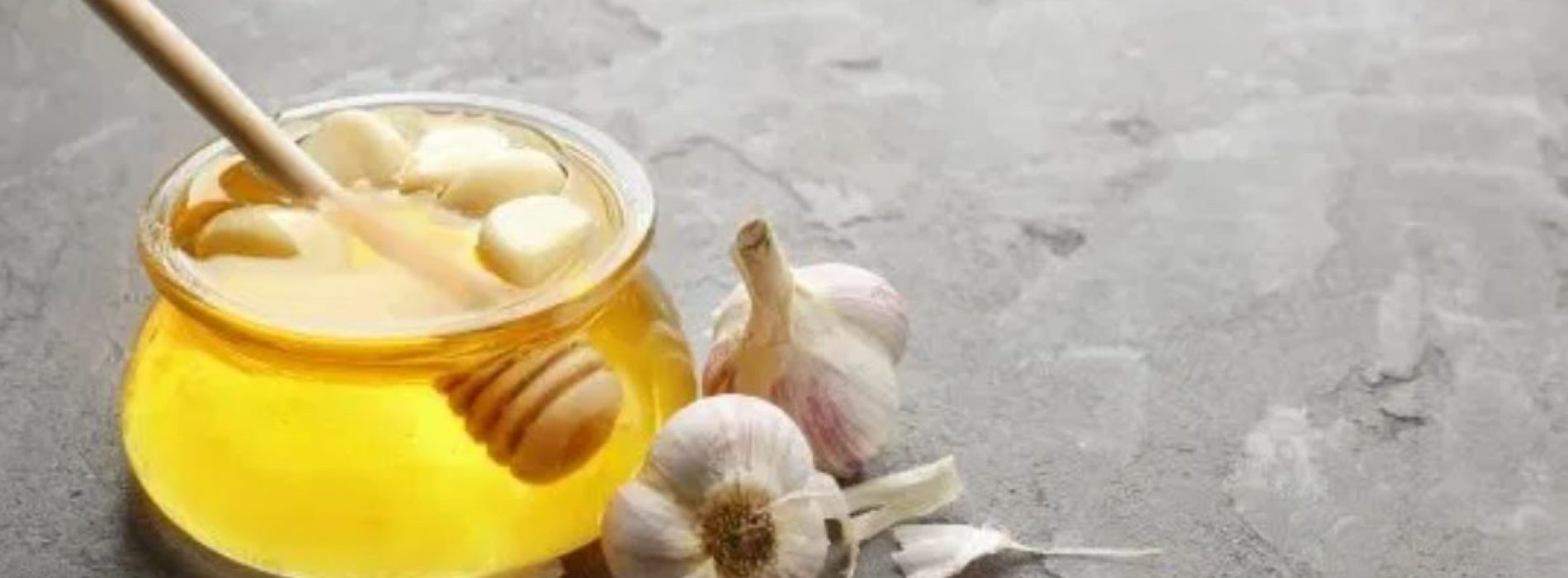 Versterking van uw immuunsysteem met gefermenteerd knoflook en honingelixer
