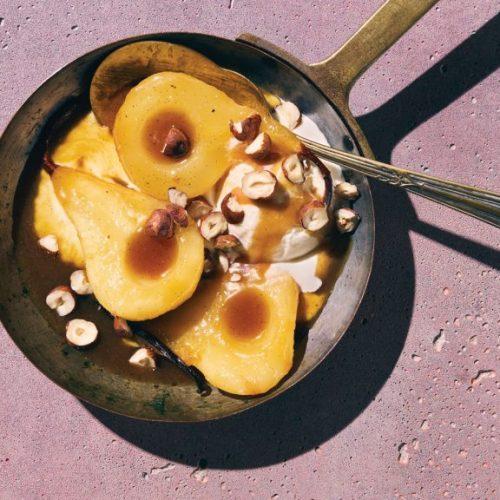 Gezonde desserts: Karamelperen met geroosterde hazelnoten