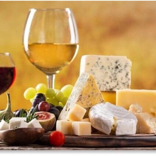 Dieetaanpassingen – waaronder meer wijn en kaas – kunnen de cognitieve achteruitgang helpen verminderen, suggereert onderzoek