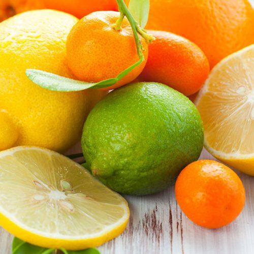 Begin met het consumeren van citrusvruchten en sta versteld van de resultaten, vooral als u tandvleesaandoeningen heeft