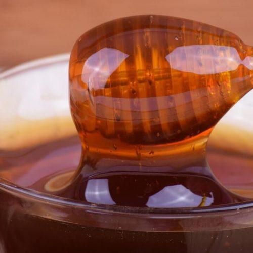 Honing is meer dan goed voor uw gezondheid en hier zijn 6 huismiddeltjes die u moet kennen