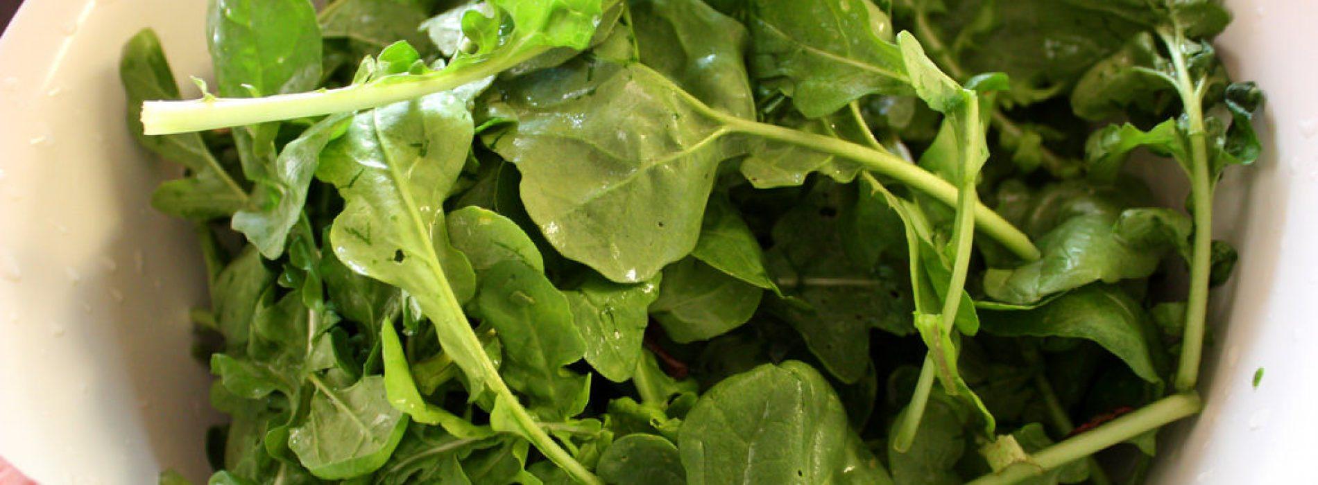 Het pittige, peperige superfood: 7 redenen om meer rucola te eten